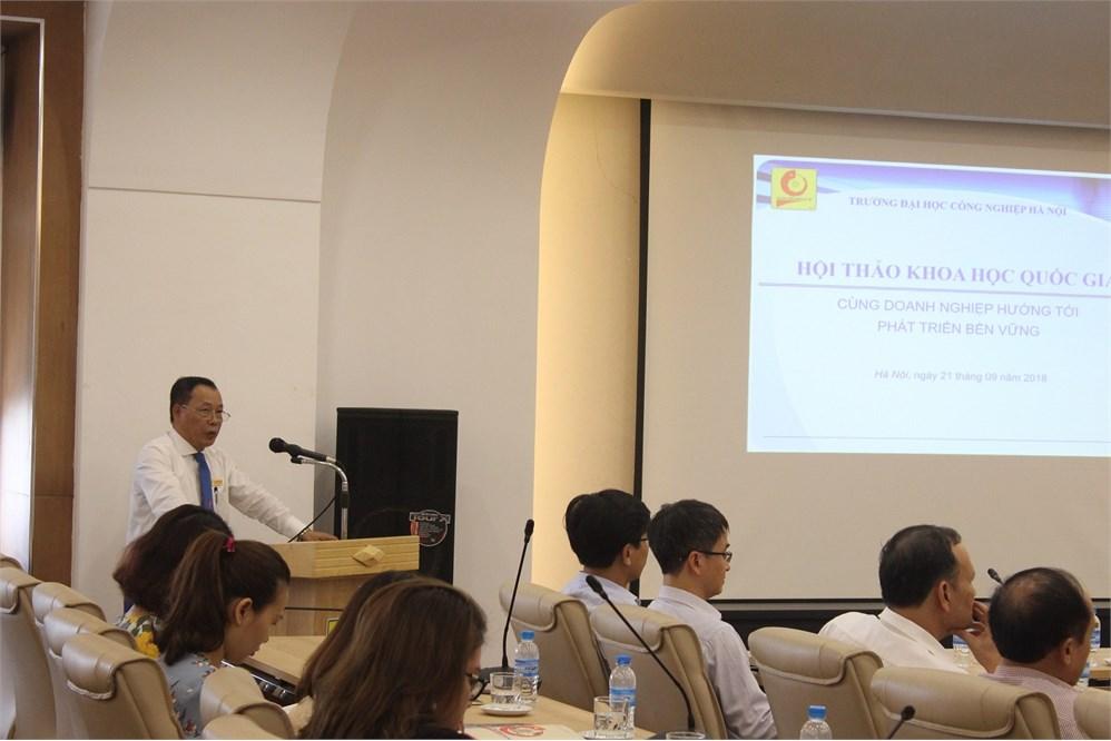 """Hội thảo Khoa học Quốc gia với chủ đề """"Cùng doanh nghiệp hướng tới phát triển bền vững"""""""